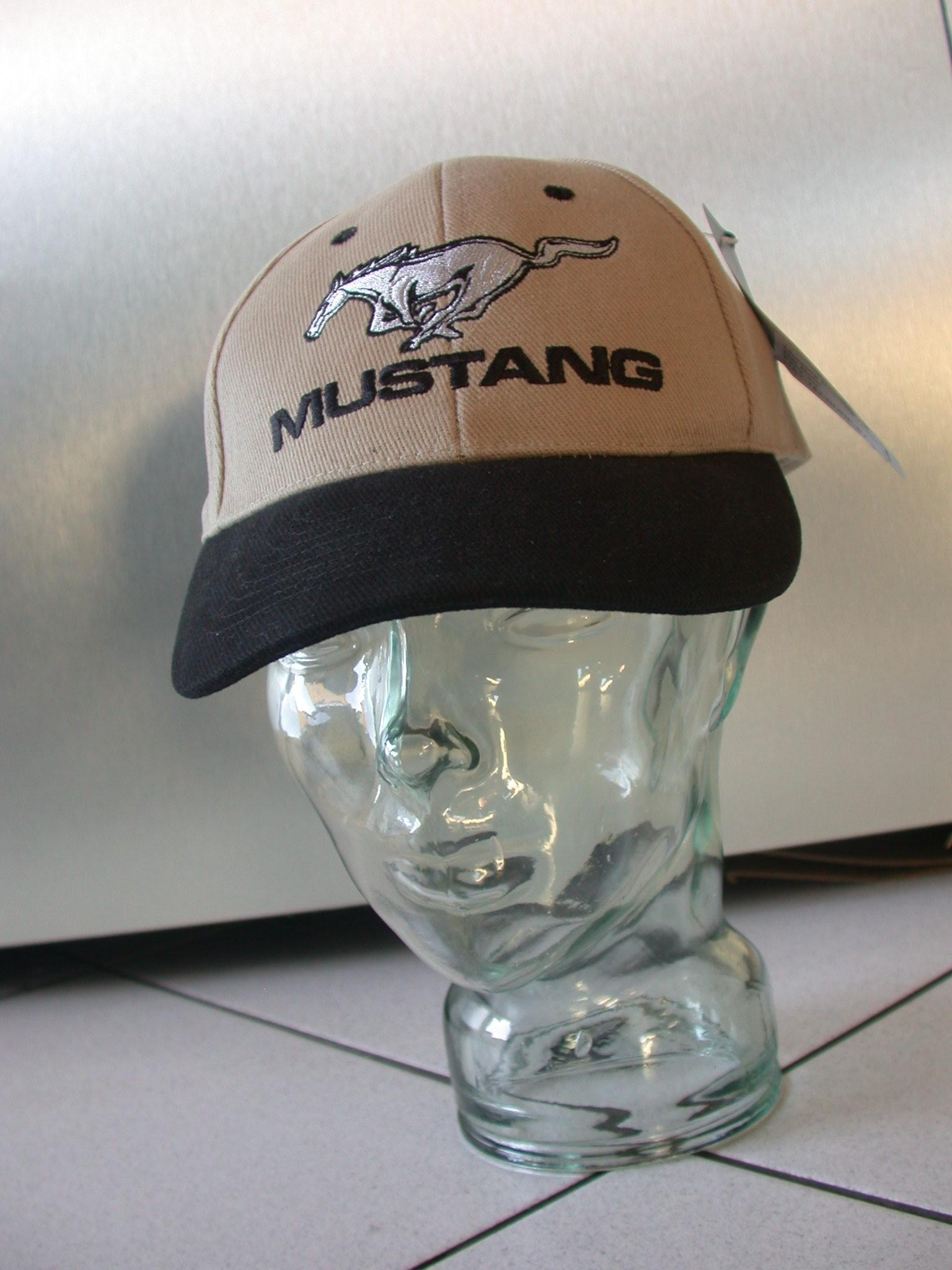 Cap Mustang